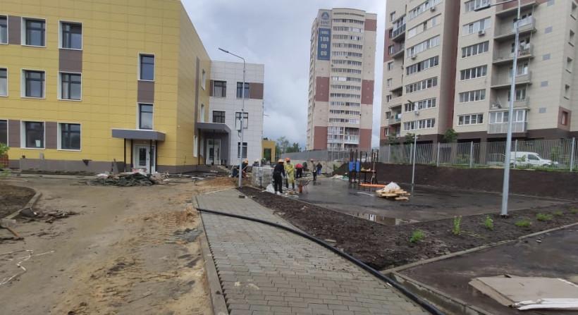 Минстрой Подмосковья проконтролировал завершение строительствадетских садов в Ивантеевке