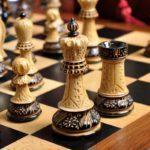«Непростая игра»