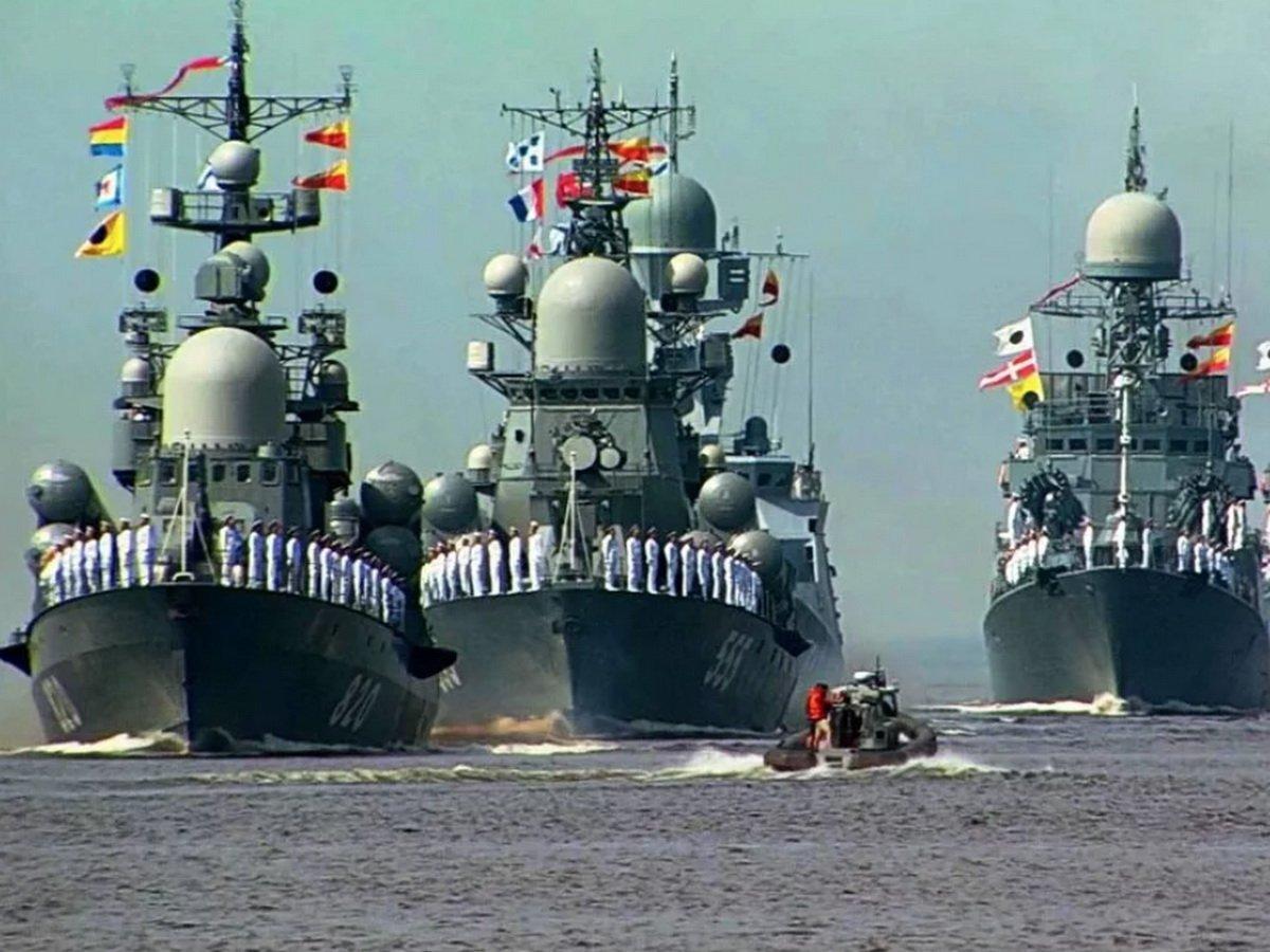 Парад ВМФ в Санкт-Петербурге 2020