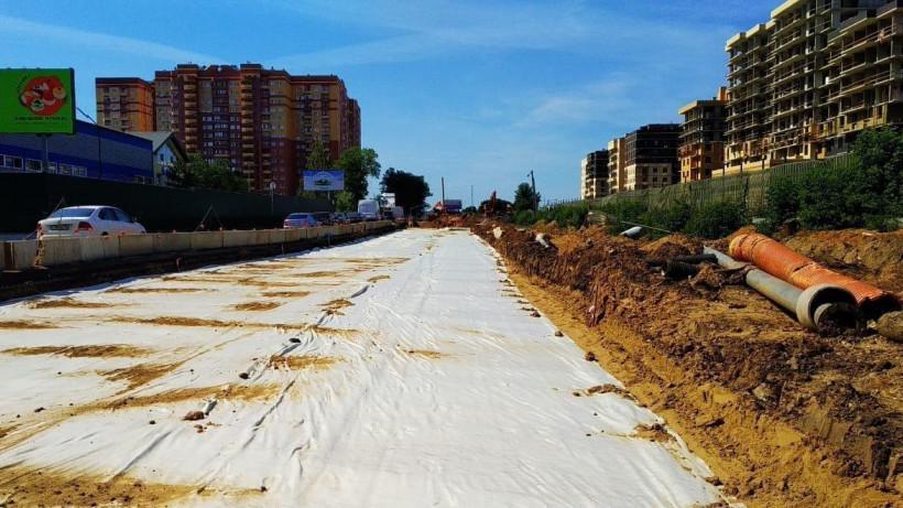 Переустройство инженерных коммуникаций на Путилковском шоссе в Красногорске выполнено на 70%