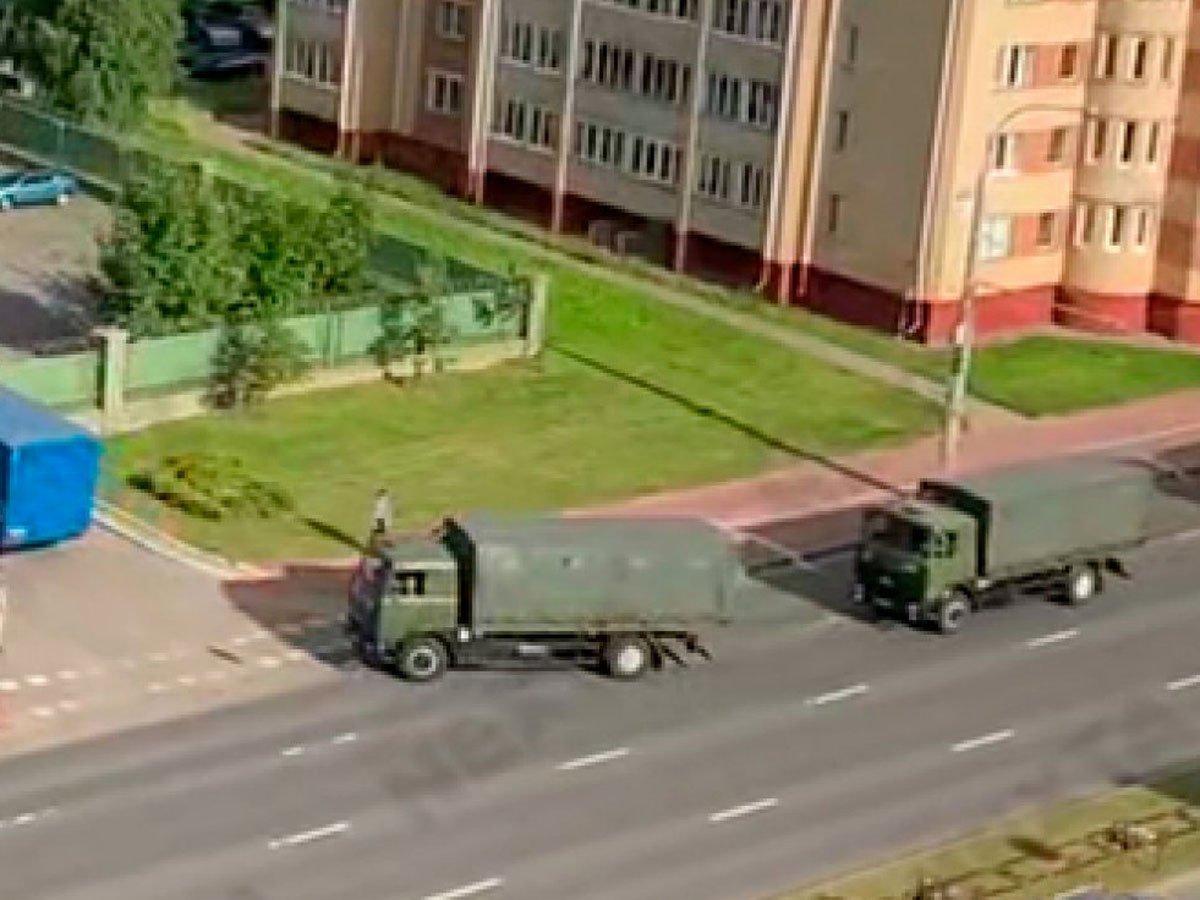 """После задержания боевиков ЧВК """"Вагнера"""" в Минск начали стягивать войска: видео появилось в Сети"""