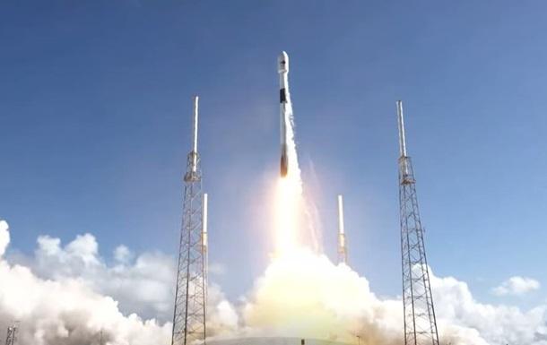 SpaceX вывела на орбиту военный спутник