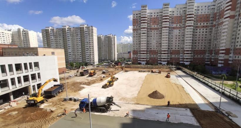 Строительство учебной пристройки на 400 мест в Балашихе завершат в августе