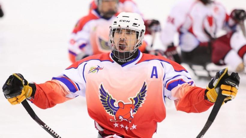 Тринадцать следж-хоккеистов подмосковного «Феникса» выступят в составе сборной России