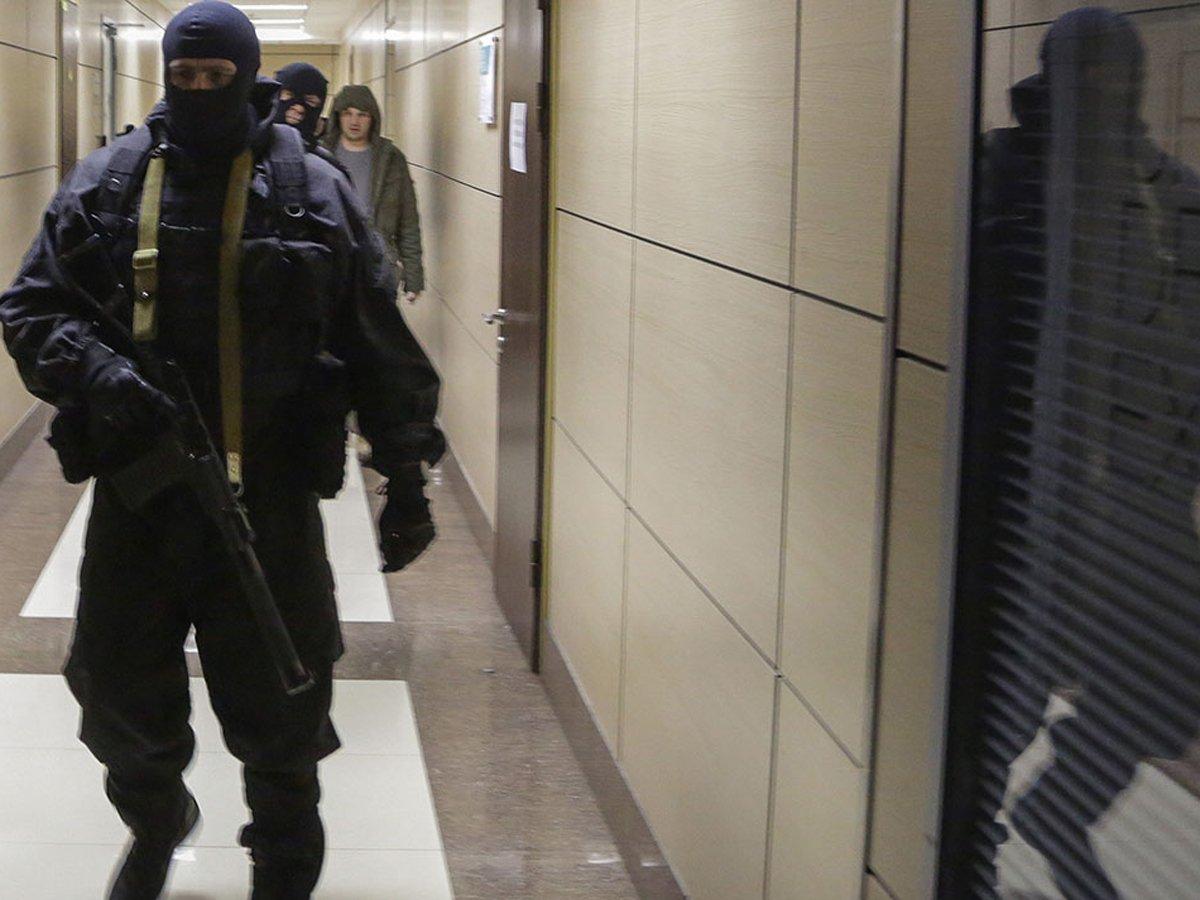 В Фонде борьбы с коррупцией в Москве проходят обыски