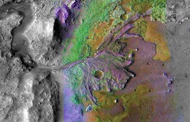 В поисках жизни. На Марс полетел уникальный ровер
