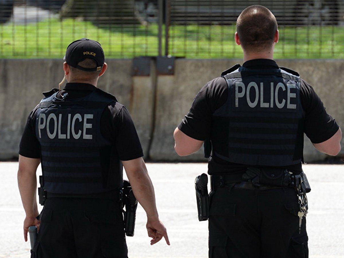 Полицейские застрелили пытавшегося совершить самоубийство американца