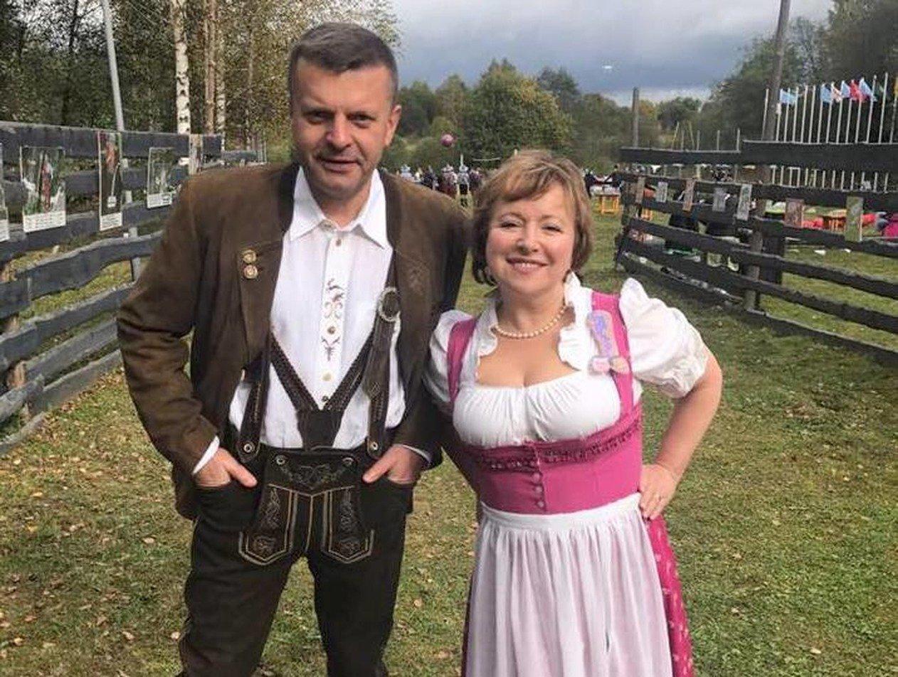 Жена Парфенова намекнула на отъезд из России и удалила пост