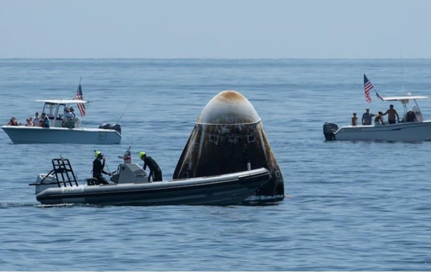 Астронавты из Dragon Crew рассказали о необычных звуках при полете на Землю