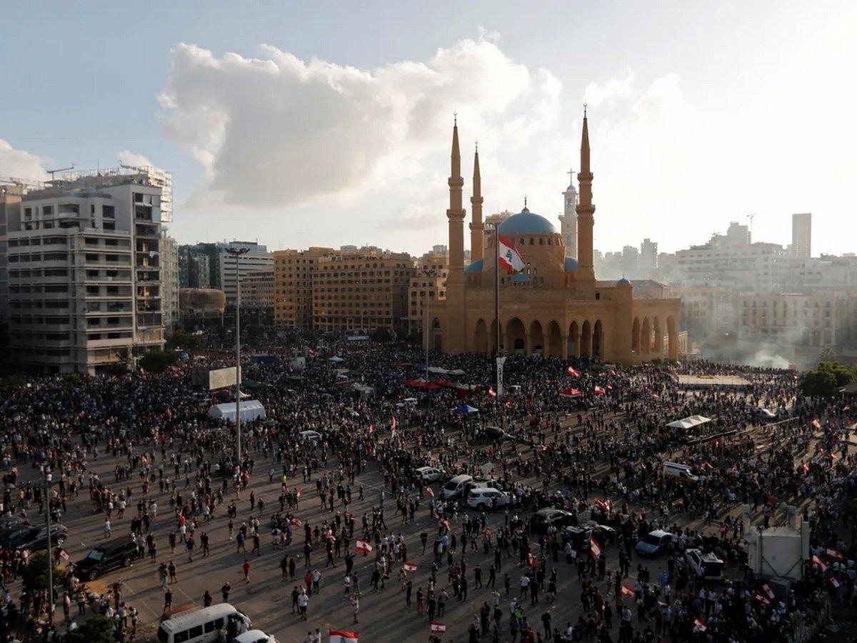 Бейрут охватили беспорядки: чиновникам подготовили виселицы