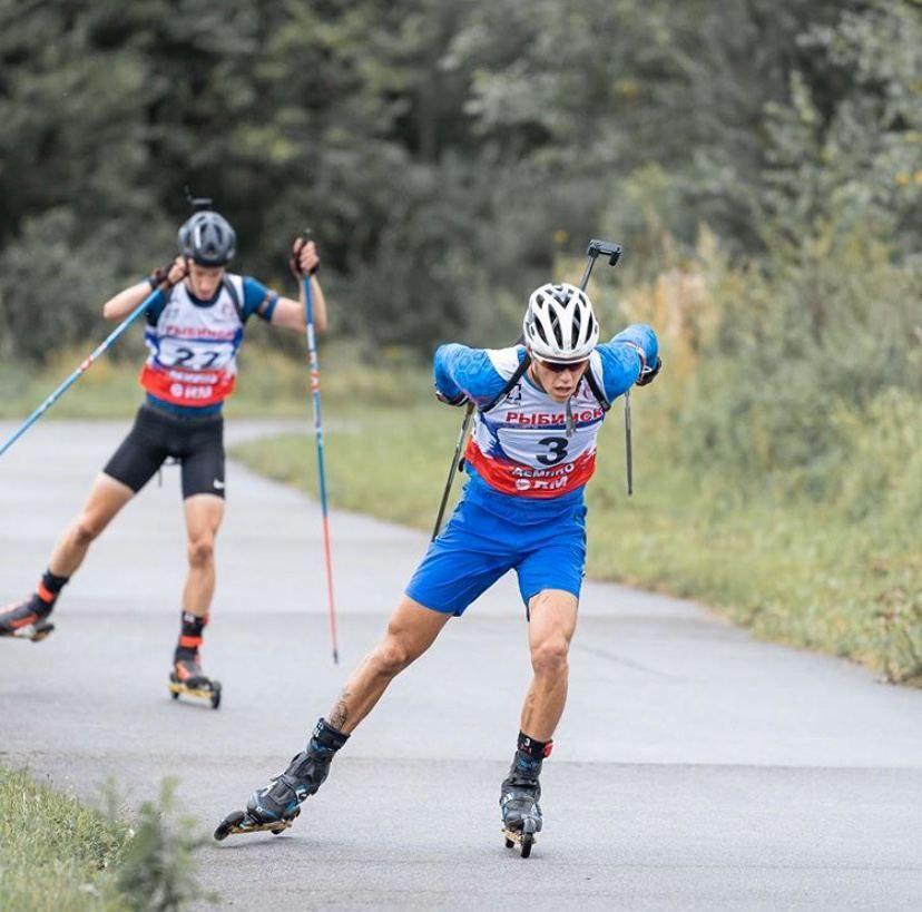 Биатлонист Михаил Первушин завоевал золото летнего чемпионата России