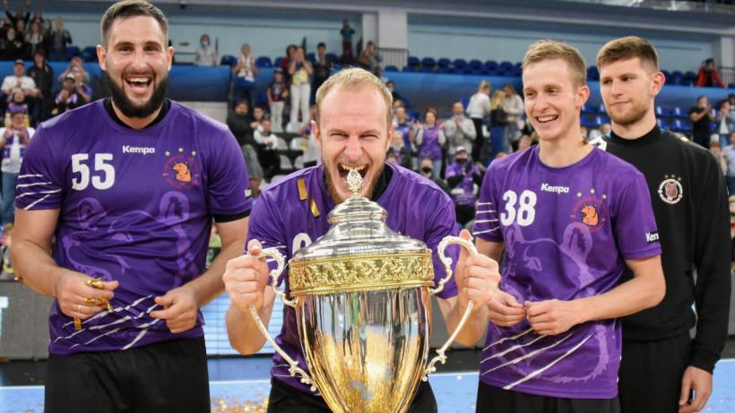 «Чеховские медведи» седьмой раз подряд завоевали Суперкубок России по гандболу