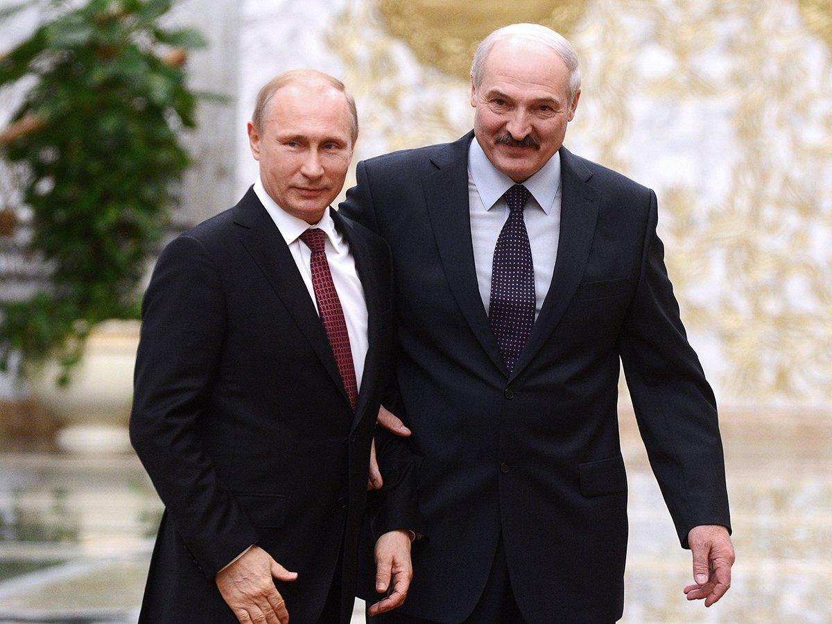 """""""Есть угроза не только Беларуси"""": Лукашенко позвонил Путину"""