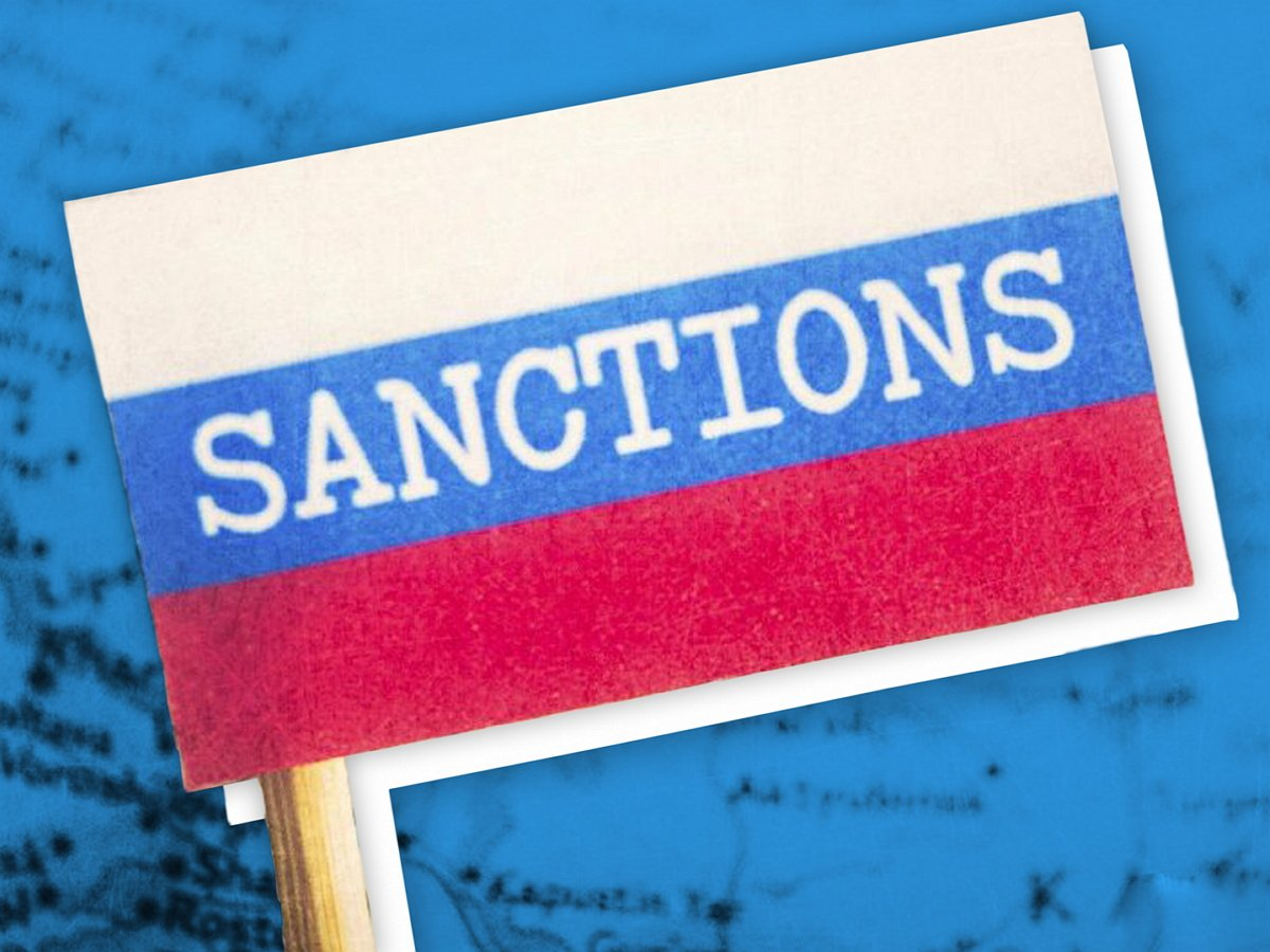 Германия пригрозила России санкциями из-за отравления Навального