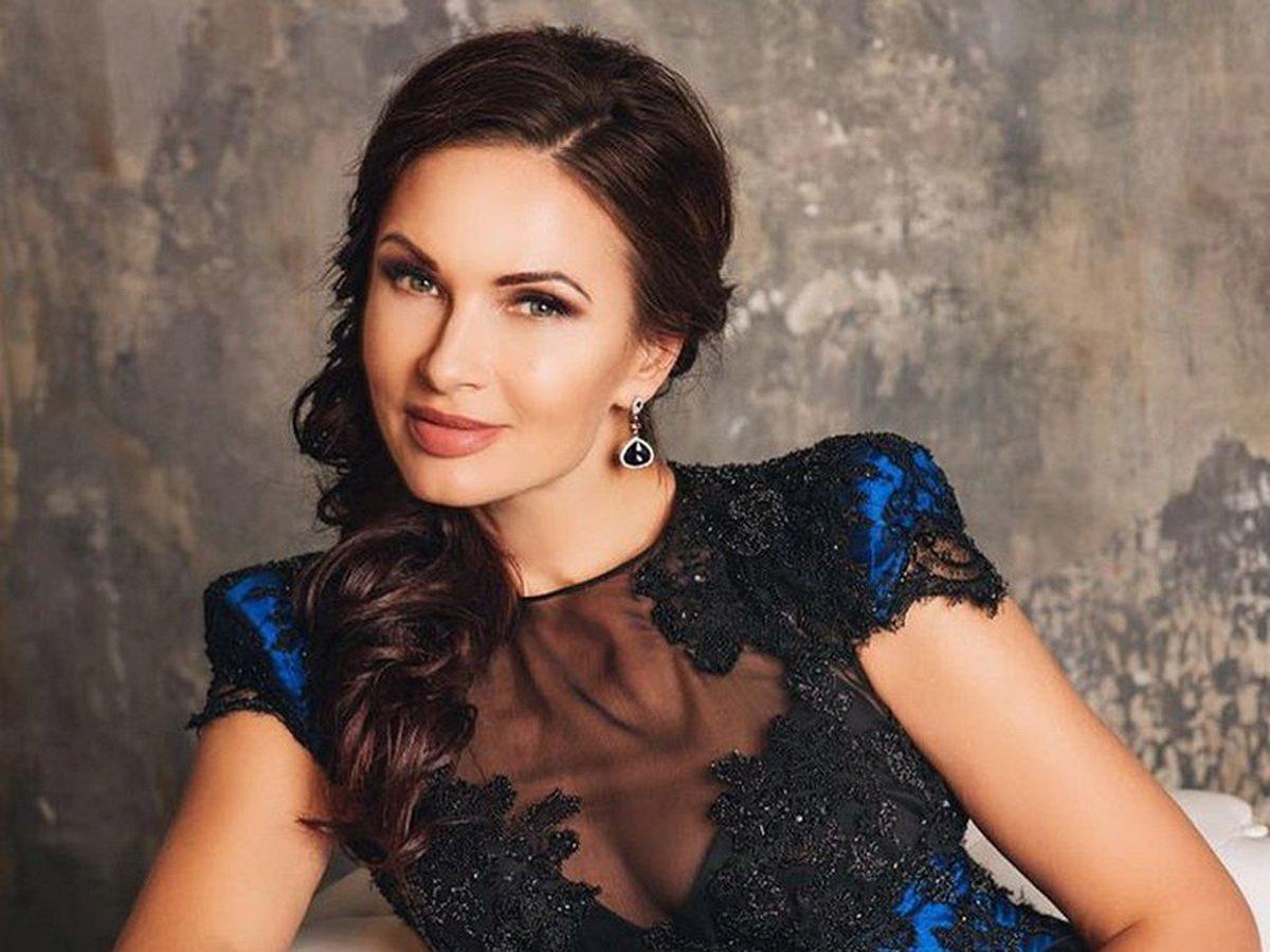 Готовая жить на тысячу рублей Эвелина Бледанс купила элитную квартиру в Москве