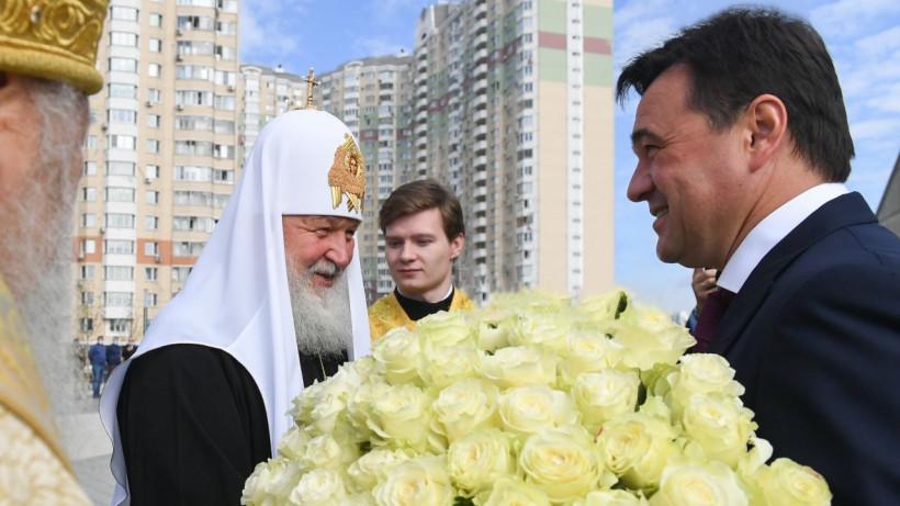 Губернатор принял участие в церемонии освящения Никольского храма в Павшинской пойме
