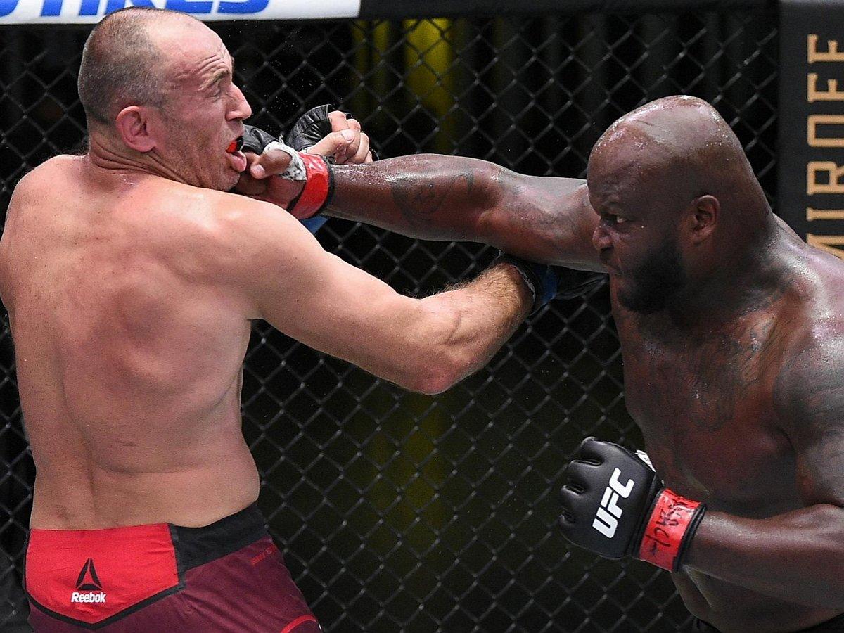 Льюис нокаутировал Олейника на турнире UFC
