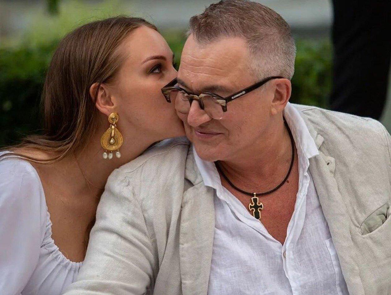 «Ломило кости всю ночь»: жена Диброва переболела коронавирусом