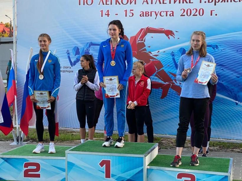 Подмосковные легкоатлеты завоевали более 20 медалей на чемпионате и первенстве ЦФО