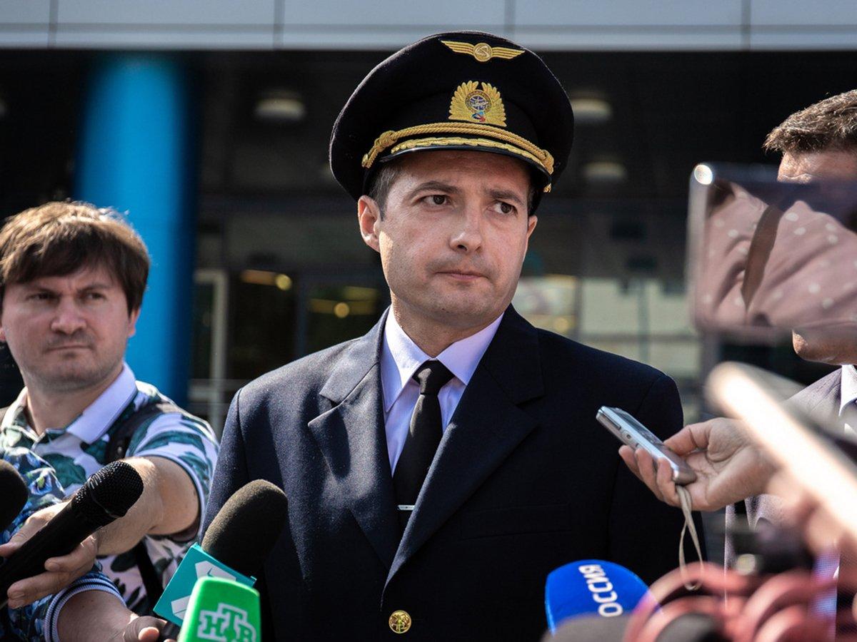 Подвиг летчика Дамира Юсупова, посадившего самолет в кукурузном поле, назвали грубейшим непрофессионализмом