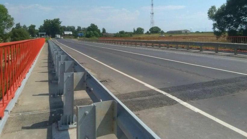 Реверсивное движение организовали по ремонтируемому мосту через реку Мазиху в Солнечногорске