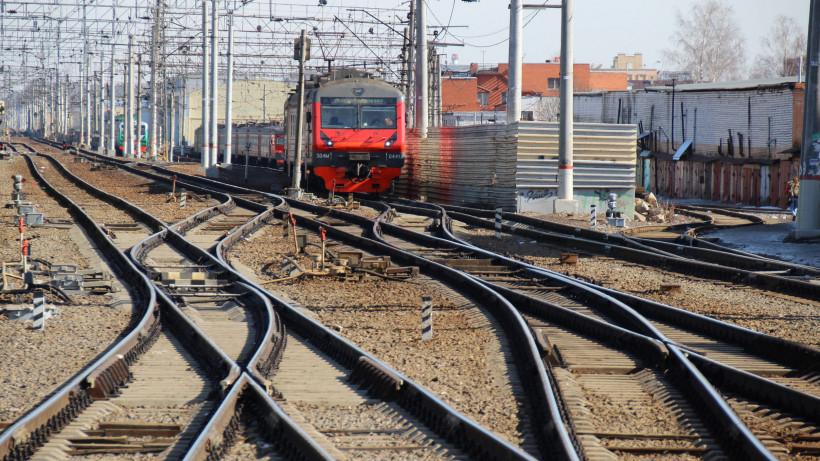 Семь нарушителей перехода через железнодорожные пути выявили в Подольске