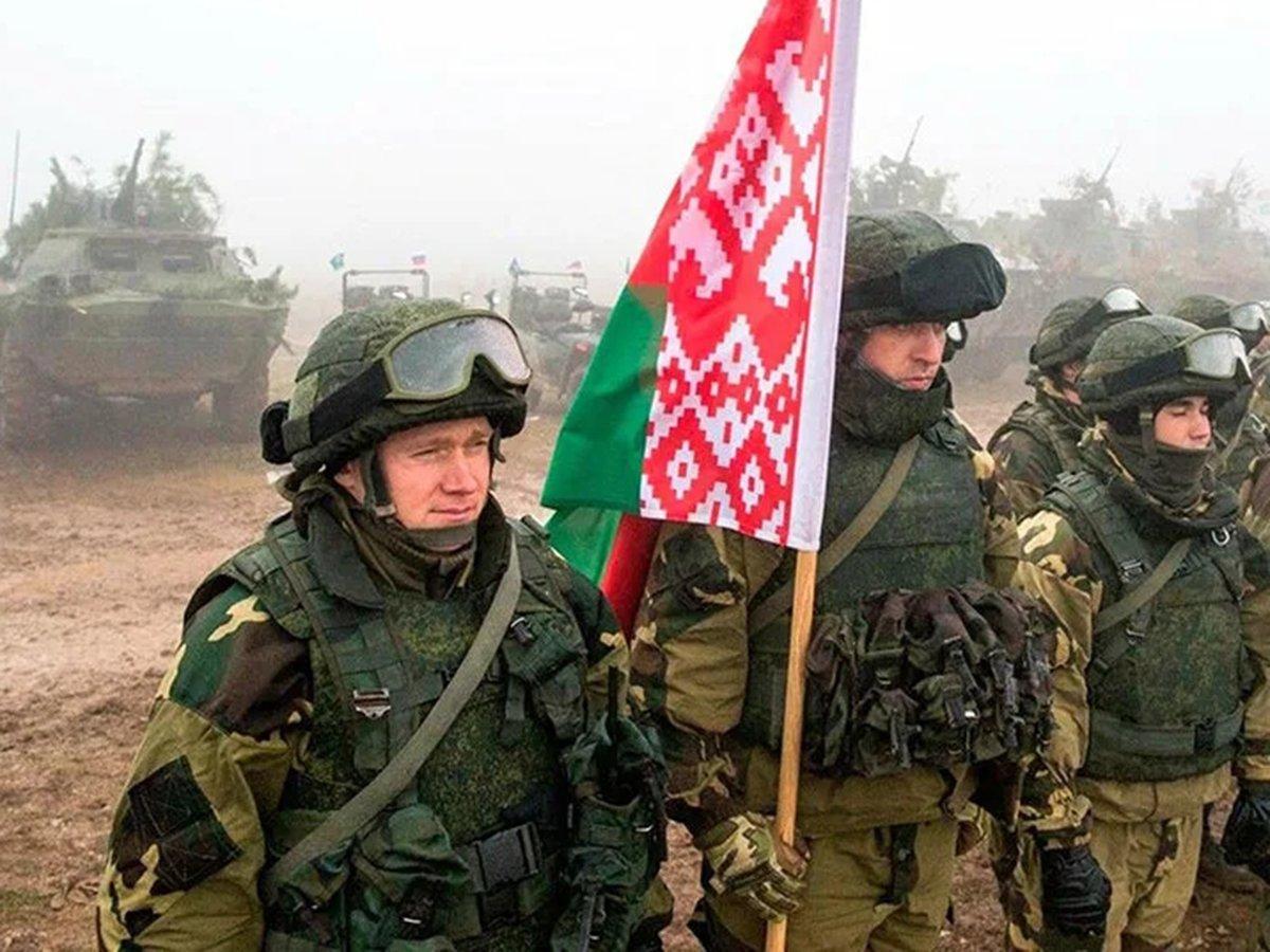 СМИ: в Минск стягивают войска численностью в 20 000 военных
