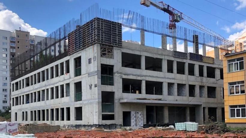 Строительство учебной пристройки на 600 мест в Балашихе завершат в декабре