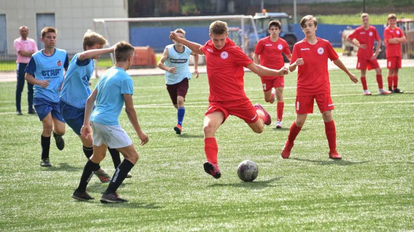 Свыше 70 команд приняли участие в областном турнире «Кожаный мяч»