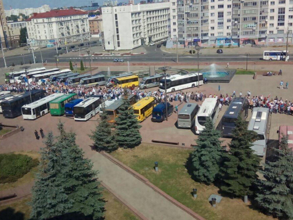 В Минске в одном месте пройдут митинг в поддержку Лукашенко и акция протеста