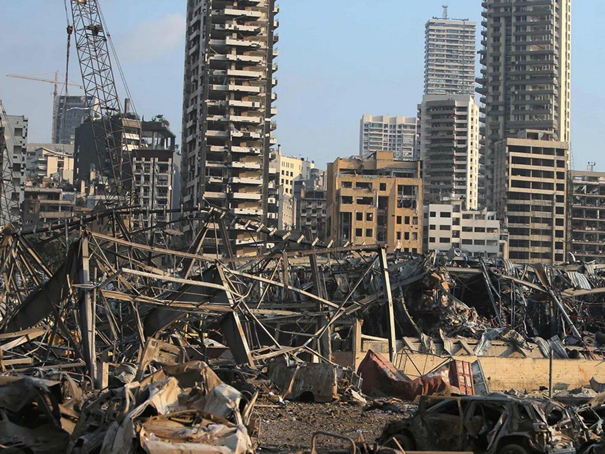"""Военные эксперты: в Бейруте произошел """"объемный"""" взрыв"""