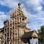 Волонтёры культуры стали участниками экспедиции по сохранению деревянного зодчества в Карелии