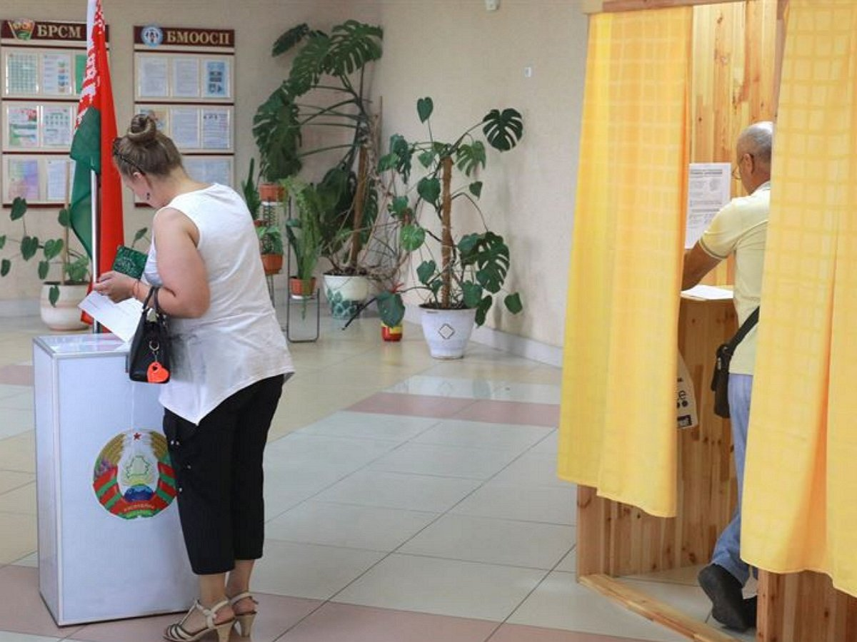 Выборы президента в Белоруссии: главная соперница Лукашенко скрылась вместе со штабом