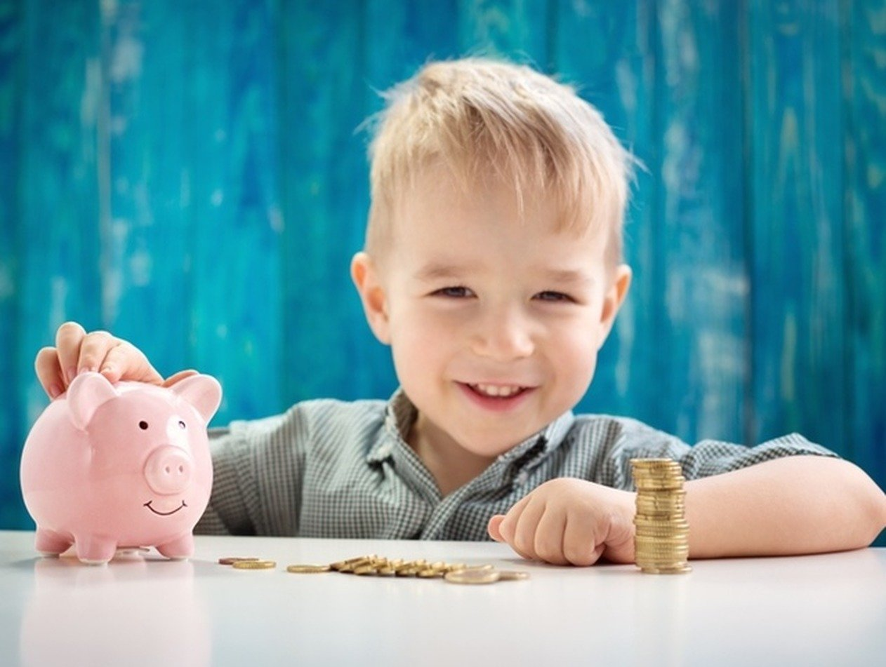 В России выделят 34 млрд рублей на выплаты семьям с детьми: кто получит по 5500 рублей