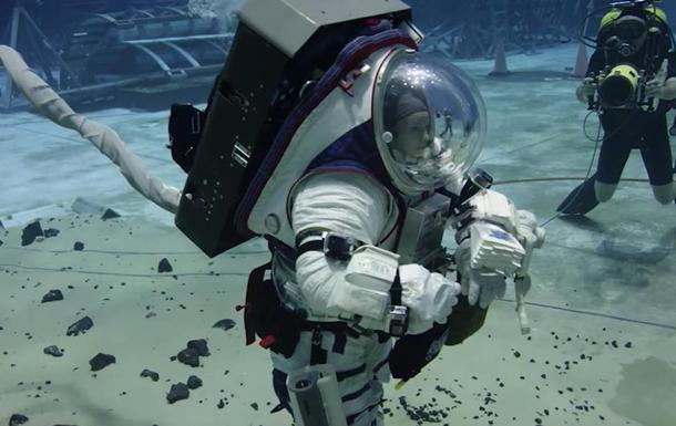 Астронавты NASA провели тренировки в воде