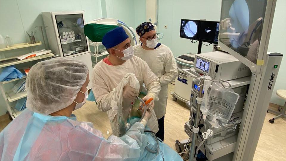 Более 120 единиц эндоскопического оборудования поступит в больницы Подмосковья