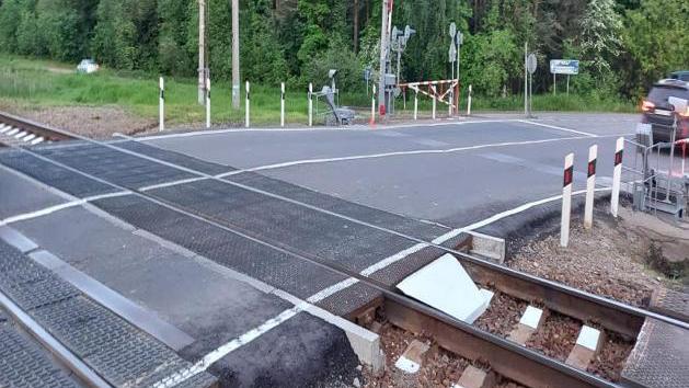 Более 60 железнодорожных переездов отремонтировали в Подмосковье