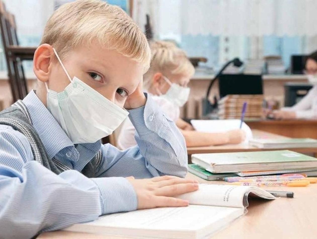Дистанционное обучение вызвало проблемы с психикой у школьников в России