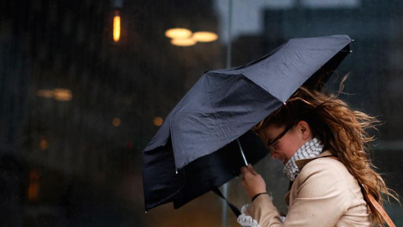 Губернатор призвал жителей Подмосковья оставаться дома во время ливней