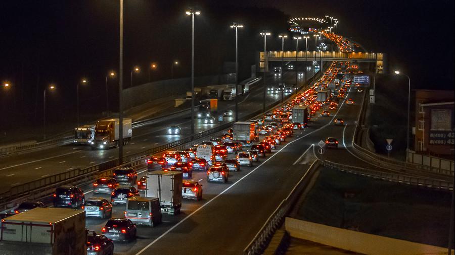 Количество автотранспорта на дорогах Подмосковья выросло на 10% в сентябре