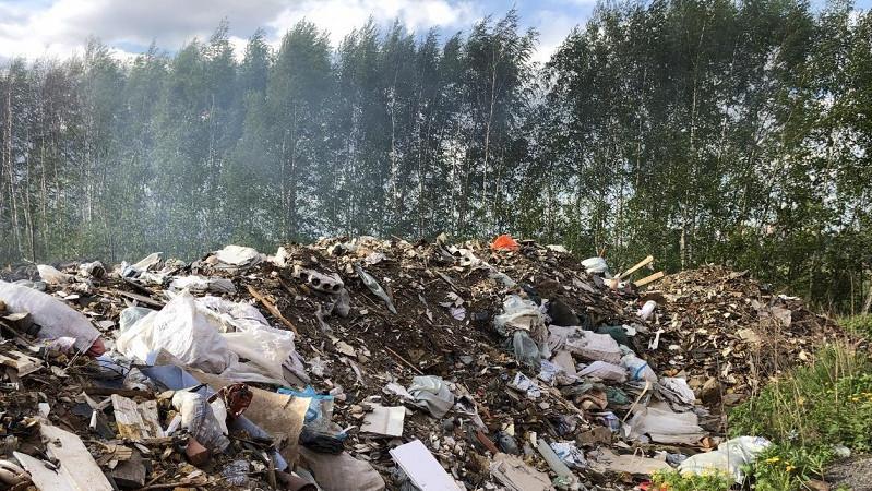 Свалка мусора в Ленинском округе