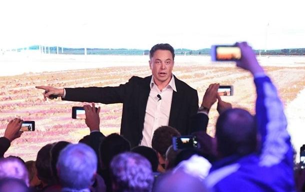 Маск показал фото корабля Starship с хвостовым оперением