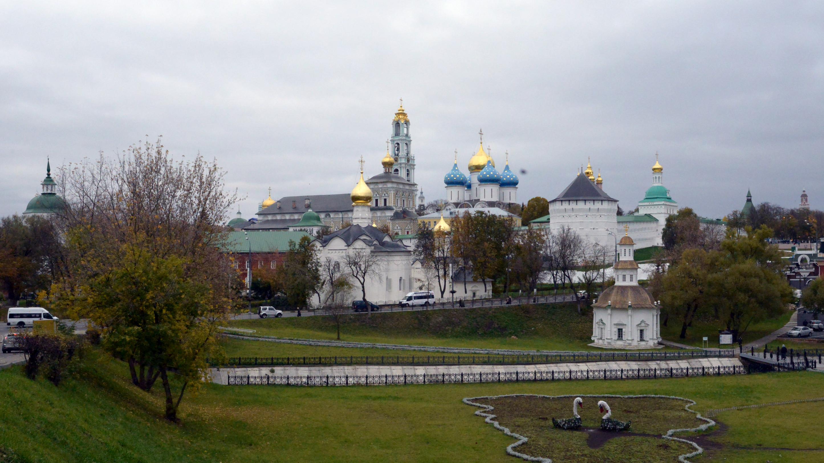 Музей мини-достопримечательностей Золотого кольца России открылся в Сергиевом Посаде