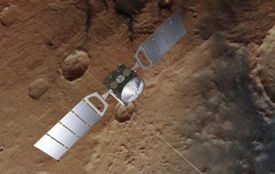 На Марсе найдены озера с жидкой водой