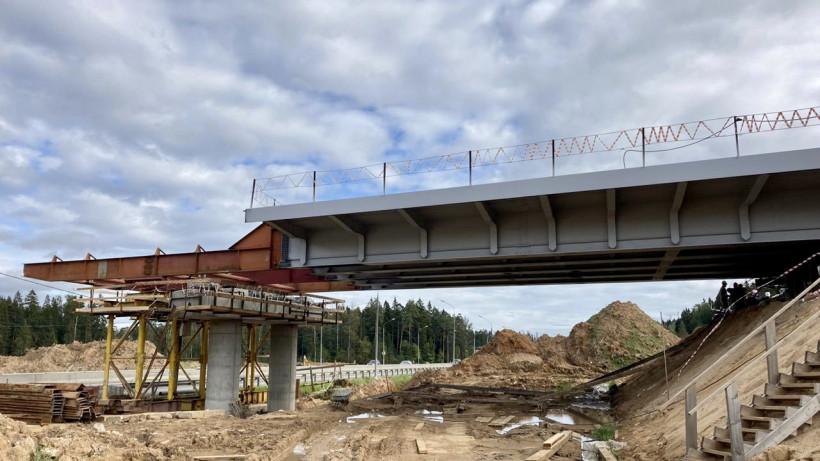 Надвижку пролетного строения начали на строящемся путепроводе в Солнечногорске