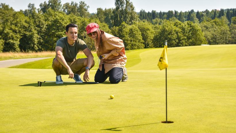 Не только для избранных: вышел новый выпуск подкаста «Путь-дорога» о гольфе в Подмосковье