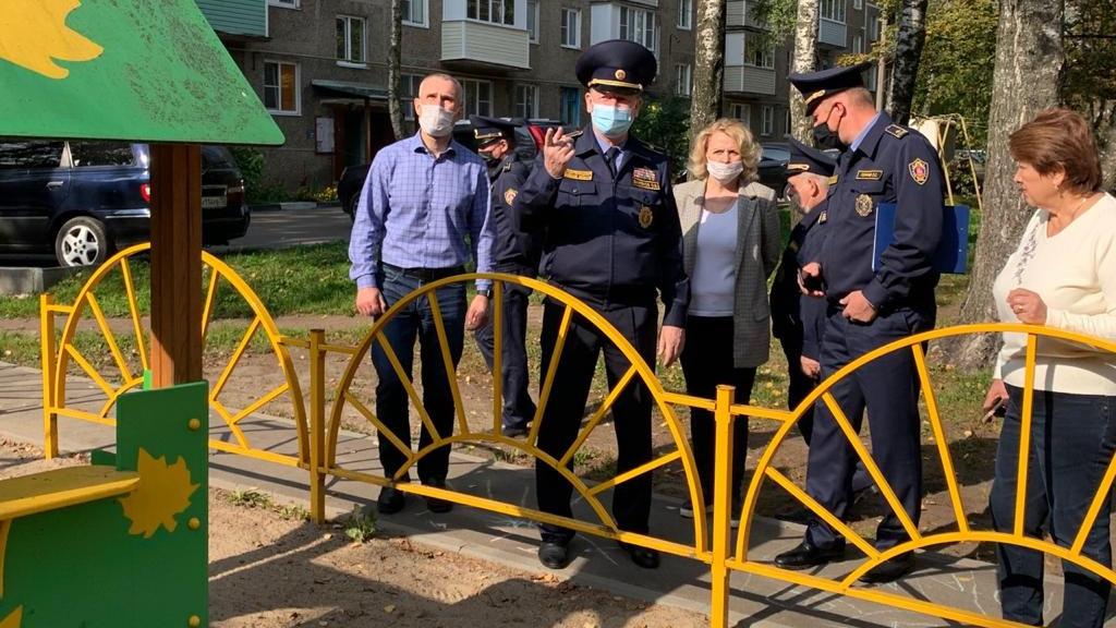 Олег Баженов посетил с проверкой Электросталь