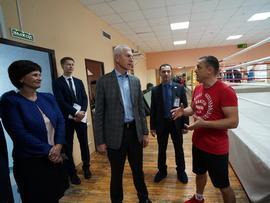 Олег Матыцин посетил в Иркутске Государственное училище (колледж) олимпийского резерва и филиал РГУФКСМиТ