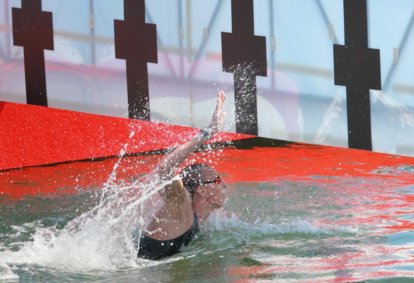 Пловцы Абросимов, Дратцев и Ермакова завоевали медали чемпионата России на открытой воде