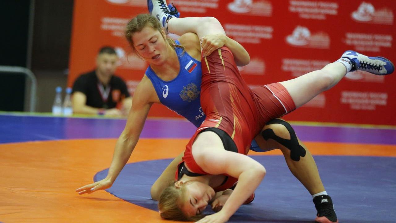 Сборная Подмосковья заняла первое общекомандное место на чемпионате России по вольной борьбе